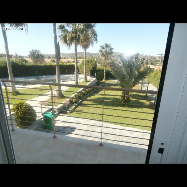 <a href='http://www.meshiti.com/view-property/en/1260_suburbs_10_-_20_driving__fm_centre_house__villa_for_sale/'>View Property</a>