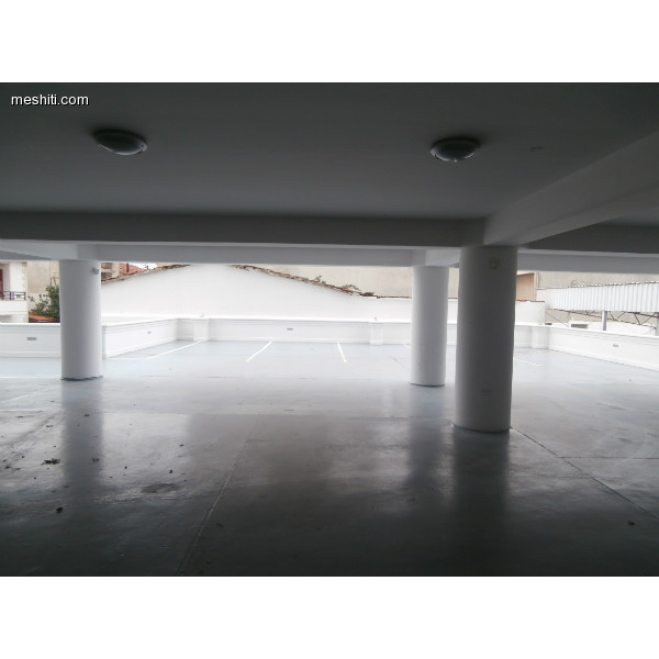 <a href='http://www.meshiti.com/view-property/en/1620_shopping_centre_below_makarios_ave._office_for_rent/'>View Property</a>