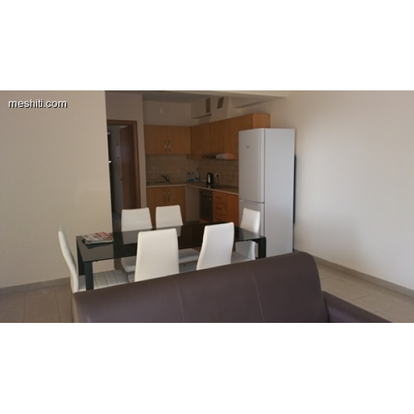 <a href='http://www.meshiti.com/view-property/en/2337_shopping_centre_below_makarios_ave._apartment_for_rent/'>View Property</a>