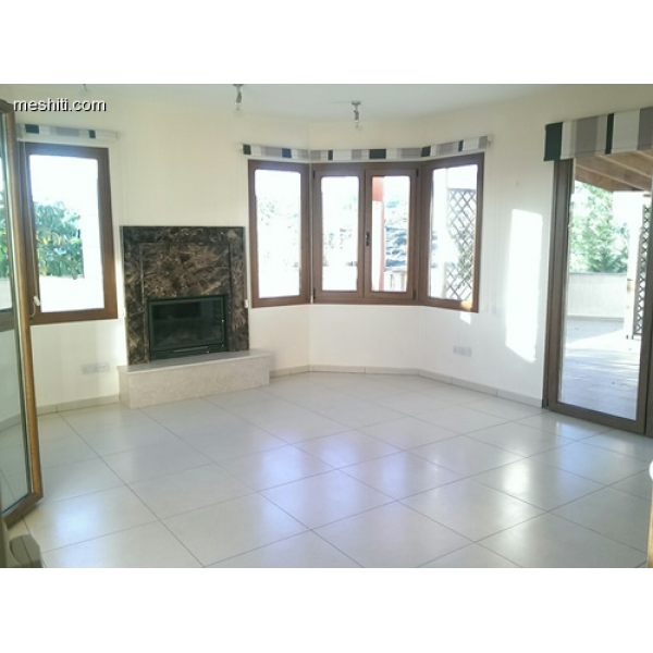 <a href='http://www.meshiti.com/view-property/en/2366_central-one__up_motorwayfrom_polemidia_to_germasogeia_house__villa_for_rent/'>View Property</a>