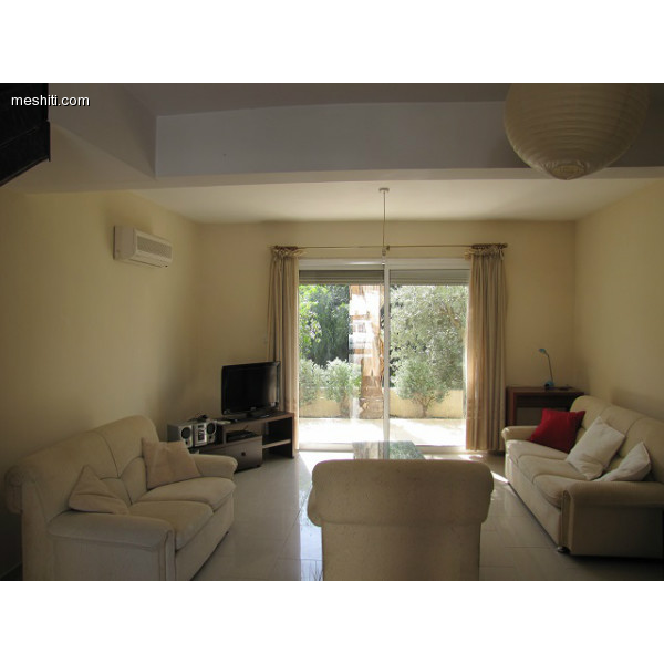 <a href='http://www.meshiti.com/view-property/en/2380_central-one__up_motorwayfrom_polemidia_to_germasogeia_house__villa_for_sale/'>View Property</a>