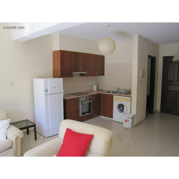 <a href='http://www.meshiti.com/view-property/en/2380_central_zone_below_motorway-up_makarios_ave.__-_germasogeia_upto_polemidia_house__villa_for_sale/'>View Property</a>