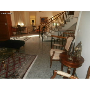 <a href='https://www.meshiti.com/view-property/en/1407_central_zone_a_below_motorway-up_makarios_ave.__-_germasogeia_upto_polemidia_house__villa_for_rent/'>View Property</a>