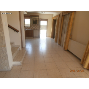 <a href='https://www.meshiti.com/view-property/en/1364_central-one__up_motorwayfrom_polemidia_to_germasogeia_house__villa_for_rent/'>View Property</a>