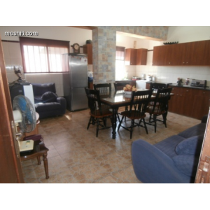 <a href='https://www.meshiti.com/view-property/en/1485_central-one__up_motorwayfrom_polemidia_to_germasogeia_house__villa_for_rent/'>View Property</a>
