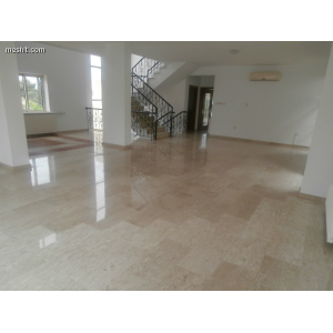 <a href='https://www.meshiti.com/view-property/en/1541_central_zone_a_below_motorway-up_makarios_ave.__-_germasogeia_upto_polemidia_house__villa_for_rent/'>View Property</a>