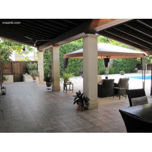 <a href='https://www.meshiti.com/view-property/en/1577_central-one__up_motorwayfrom_polemidia_to_germasogeia_house__villa_for_sale/'>View Property</a>