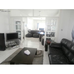 <a href='https://www.meshiti.com/view-property/en/1634_central_zone_a_below_motorway-up_makarios_ave.__-_germasogeia_upto_polemidia_house__villa_for_rent/'>View Property</a>