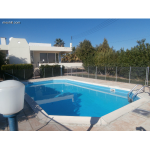 <a href='http://www.meshiti.com/view-property/en/1656_central-one__up_motorwayfrom_polemidia_to_germasogeia_house__villa_for_rent/'>View Property</a>