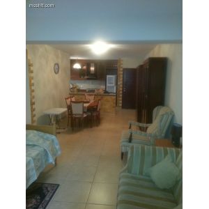 <a href='http://www.meshiti.com/view-property/en/1766_suburbs_10_-_20_driving__fm_centre_apartment_for_rent/'>View Property</a>