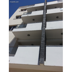 <a href='http://www.meshiti.com/view-property/en/1812_suburbs_10_-_20_driving__fm_centre_apartment_for_rent/'>View Property</a>