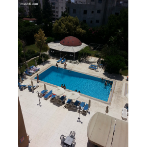 <a href='http://www.meshiti.com/view-property/en/1818_suburbs_10_-_20_driving__fm_centre_apartment_for_rent/'>View Property</a>