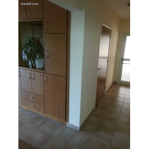 <a href='http://www.meshiti.com/view-property/en/1878_central_zone_below_motorway-up_makarios_ave.__-_germasogeia_upto_polemidia_apartment_for_rent/'>View Property</a>