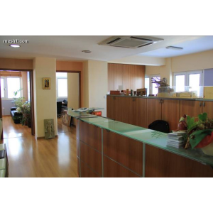 <a href='http://www.meshiti.com/view-property/en/1060_central-one__up_motorwayfrom_polemidia_to_germasogeia_office_for_rent/'>View Property</a>