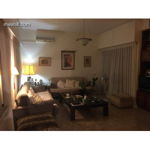 <a href='http://www.meshiti.com/view-property/en/2515_central-one__up_motorwayfrom_polemidia_to_germasogeia_house__villa_for_rent/'>View Property</a>