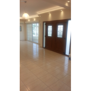 <a href='https://www.meshiti.com/view-property/en/2642_central_zone_a_below_motorway-up_makarios_ave.__-_germasogeia_upto_polemidia_house__villa_for_rent/'>View Property</a>