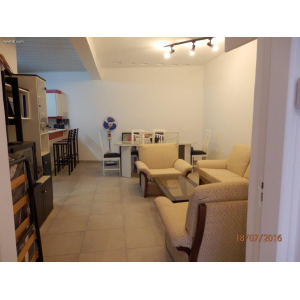 <a href='http://www.meshiti.com/view-property/en/2651_suburbs_10_-_20_driving__fm_centre_house__villa_for_sale/'>View Property</a>