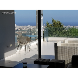 <a href='http://www.meshiti.com/view-property/en/2723_central-one__up_motorwayfrom_polemidia_to_germasogeia_apartment_for_sale/'>View Property</a>
