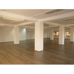<a href='https://www.meshiti.com/view-property/en/2744_central-one__up_motorwayfrom_polemidia_to_germasogeia_office_for_rent/'>View Property</a>