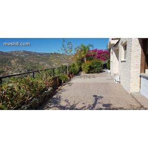 <a href='http://www.meshiti.com/view-property/en/2742_suburbs_10_-_20_driving__fm_centre_house__villa_for_sale/'>View Property</a>
