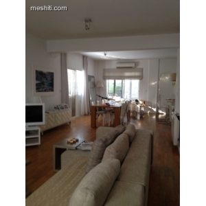 <a href='http://www.meshiti.com/view-property/en/2757_suburbs_10_-_20_driving__fm_centre_house__villa_for_sale/'>View Property</a>