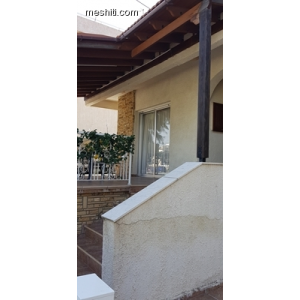 <a href='http://www.meshiti.com/view-property/en/2806_central-one__up_motorwayfrom_polemidia_to_germasogeia_house__villa_for_sale/'>View Property</a>