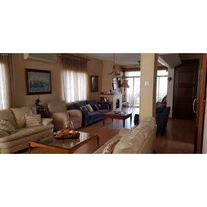 <a href='http://www.meshiti.com/view-property/en/2837_central_zone_below_motorway-up_makarios_ave.__-_germasogeia_upto_polemidia_apartment_for_rent/'>View Property</a>