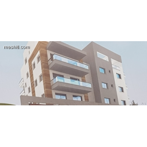 <a href='http://www.meshiti.com/view-property/en/2855_suburbs_10_-_20_driving__fm_centre_apartment_for_sale/'>View Property</a>
