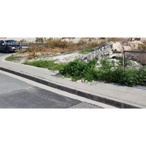 <a href='https://www.meshiti.com/view-property/en/2879_central_zone_a_below_motorway-up_makarios_ave.__-_germasogeia_upto_polemidia_land__plot_for_sale/'>View Property</a>
