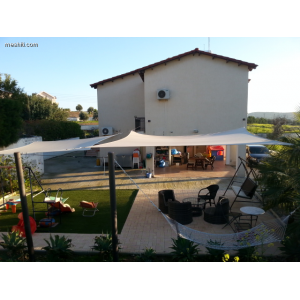 <a href='https://www.meshiti.com/view-property/en/2018_central-one__up_motorwayfrom_polemidia_to_germasogeia_house__villa_for_sale/'>View Property</a>