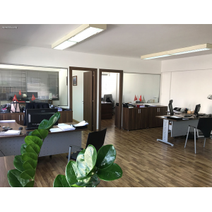 <a href='https://www.meshiti.com/view-property/en/3195_central-one__up_motorwayfrom_polemidia_to_germasogeia_office_for_rent/'>View Property</a>