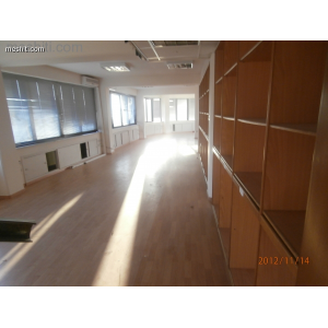 <a href='https://www.meshiti.com/view-property/en/1005_central_zone_below_motorway-up_makarios_ave.__-_germasogeia_upto_polemidia_office_for_rent/'>View Property</a>