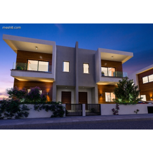 <a href='http://www.meshiti.com/view-property/en/3382_suburbs_10_-_20_driving__fm_centre_house__villa_for_sale/'>View Property</a>