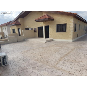 <a href='http://www.meshiti.com/view-property/en/3395_mountains_30_min._driving_distance_or_more_house__villa_for_rent/'>View Property</a>
