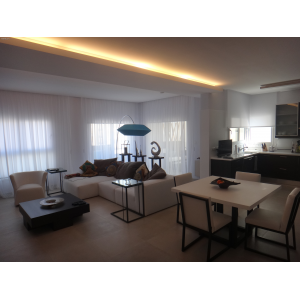 <a href='http://www.meshiti.com/view-property/en/3438_suburbs_10_-_20_driving__fm_centre_apartment_for_sale/'>View Property</a>