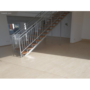 <a href='https://www.meshiti.com/view-property/en/3471_central-one__up_motorwayfrom_polemidia_to_germasogeia_office_for_rent/'>View Property</a>