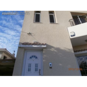 <a href='https://www.meshiti.com/view-property/en/1045_central_zone_a_below_motorway-up_makarios_ave.__-_germasogeia_upto_polemidia_house__villa_for_rent/'>View Property</a>