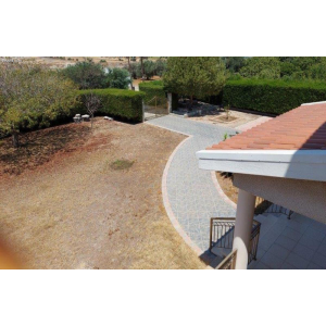 <a href='https://www.meshiti.com/view-property/en/3729_central-one__up_motorwayfrom_polemidia_to_germasogeia_house__villa_for_sale/'>View Property</a>