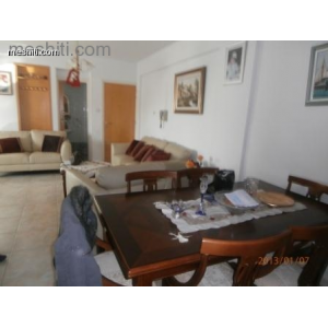<a href='https://www.meshiti.com/view-property/en/1063_central-one__up_motorwayfrom_polemidia_to_germasogeia_apartment_for_sale/'>View Property</a>