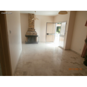 <a href='https://www.meshiti.com/view-property/en/1114_central_zone_a_below_motorway-up_makarios_ave.__-_germasogeia_upto_polemidia_house__villa_for_rent/'>View Property</a>